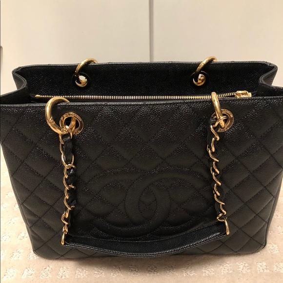 f1ca887d87ce CHANEL Bags | Sold Gst Xl | Poshmark